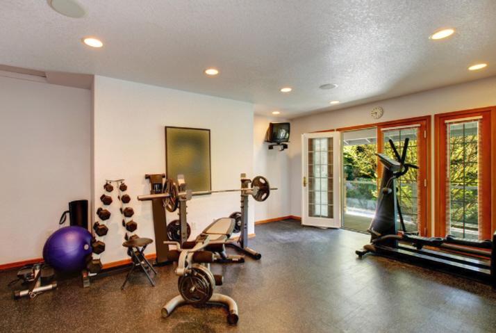 Construye el gimnasio perfecto…¡en tu propia casa!