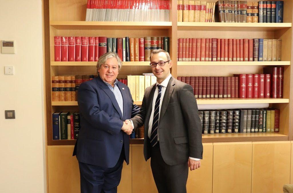 RE/MAX España firma un acuerdo con el Colegio Oficial de Registradores para el uso de la herramienta de valoración de inmuebles MVI por parte de sus oficinas en Canarias